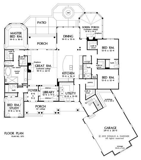 how big is 2500 square feet 39 best images about house plans on pinterest craftsman