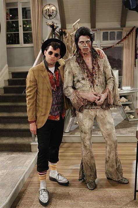 cryer poses  ashton kutcher  dead elvis jon