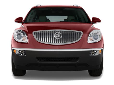 2011 buick enclave photo gallery truck trend 2011 buick enclave reviews and rating motor trend