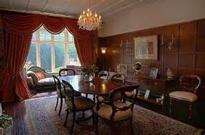 panelled dining room in an edwardian detached house