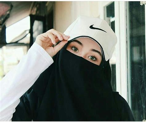 Muslim Wear Nusantara best 25 niqab fashion ideas on abayas abaya