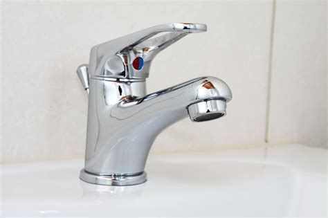 Kran Toilet water tap free stock photo domain pictures