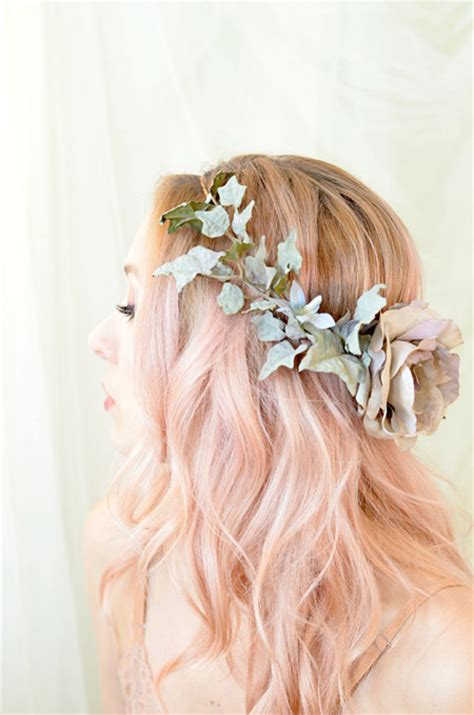 Garden Wedding Hairstyles For Bridesmaids by 19 Gorgeous Wedding Hairstyles For Medium Hair
