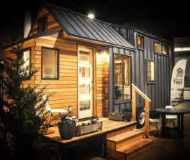 Small Homes On Wheels kootenay tiny house on wheels by green leaf tiny homes 001