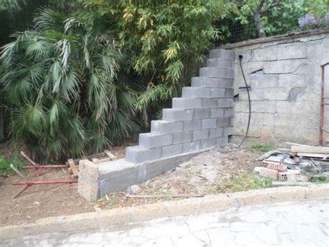 Costruire Muro Blocchi Cemento by Costruzione Di Un Muro Di Controspinta In Blocchi Casseri 2