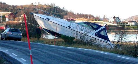 motorboot norwegen foto fundst 252 ck motorboot in norwegen entert die fahrbahn