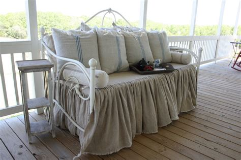 day bed cover guest post dreamy daybed redo craft o maniac
