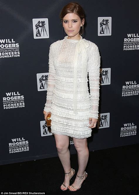 Minidress Pioner kate mara is an ethereal at cinemacon pioneer of