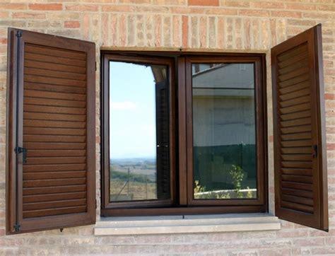prezzi persiane in pvc come montare le finestre in pvc le finestre propriet 224