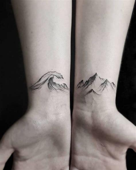 wrist tattoo process 25 best ideas about hannah tattoo on pinterest henna