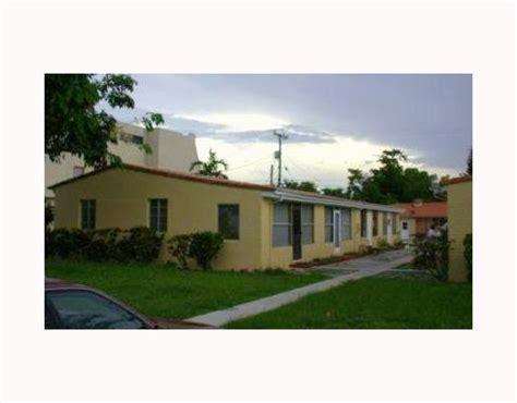Apartments In Miami Springs 266 Canal St Miami Springs Fl 33166 Rentals Miami