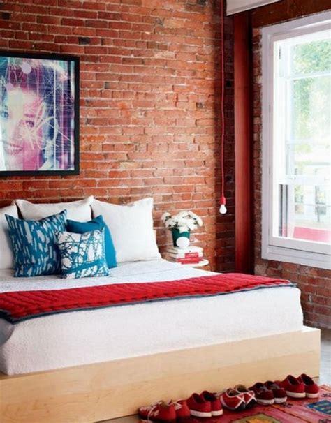 una alla casa 2 una parete di mattoni a vista per un tocco rustico e