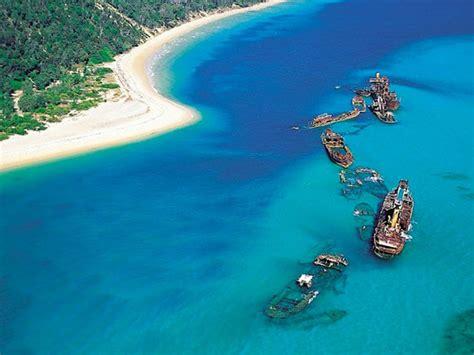 catamaran hire moreton island discounts moreton island day tour racq