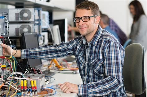 dice danube integrated circuit engineering linz forschung entwicklung infineon technologies
