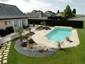 vitrines dou 233 la fontaine loire piscine jardin