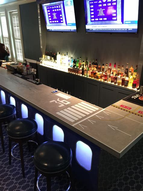 pin  don troutman  pilots lounge aviation decor