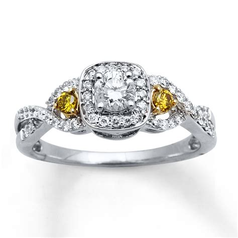 1 carat white and yellow engagement ring for