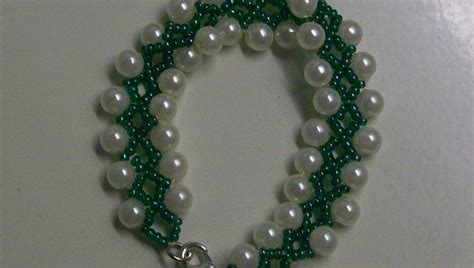 beading for the beginners a bracelet of green seed