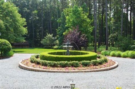 driveway roundabout fountain favorite places spaces pinterest driveways