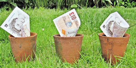gardeners   uk spending   garden