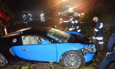 worst bugatti crashes bugatti veyron crash in austria off 40 foot drop
