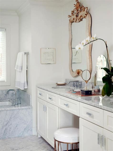Small Makeup Vanities by 25 Best Ideas About Small Makeup Vanities On