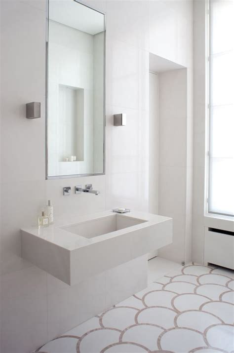 small bright bathroom ideas 25 best ideas about bright bathrooms on pinterest green