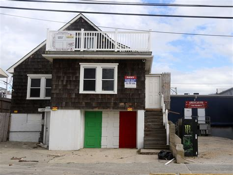 The Jersey Shore House Is Still Standing Business Insider