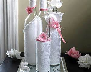 Set 3 decorated wine bottle cente