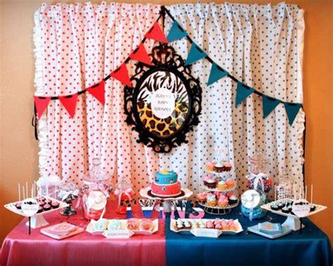 baby shower de gemelos decoracion de interiores fachadas para casas como organizar la casa baby shower de gemelos ideas para organizarlo ideas fiestas y celebraciones