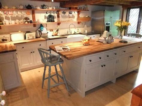 unfitted kitchen furniture 25 best ideas about freestanding kitchen on