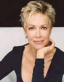 chic haircuts for 50 chic pixie haircuts for women over 50 messy short blonde
