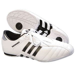 adidas adi evolution 1 shoes image 2