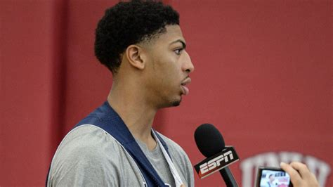 anthony davis haircut anthony davis playoff haircut hairstylegalleries com