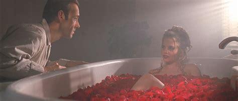 american beauty bathtub scene american beauty vrtlog života 1999 filmtastično