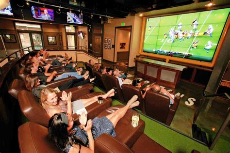 top sports bars the best sports bars in new orleans to watch nfl college football eater new orleans