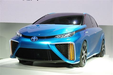 Hydrogen Toyota Hydrogen Fuel Cell Cars To Come From Toyota Hyundai Honda