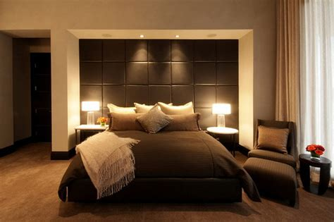 Bedroom Modern Bedroom Design With Distressed Wall Ryan Bedroom Design Ideas