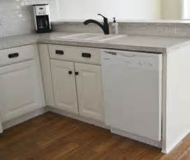 Kitchen Sink Cabinet White 36 Quot Sink Base Kitchen Cabinet Momplex Vanilla Kitchen Diy Projects