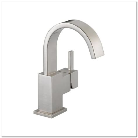 kitchen faucets canadian tire canadian tire peerless kitchen faucet sink and faucet