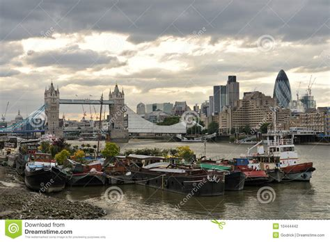 house boat london thames houseboats by tower bridge london stock photography image 10444442
