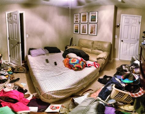 messy bedroom what a clean or messy room says about you freedom gulch
