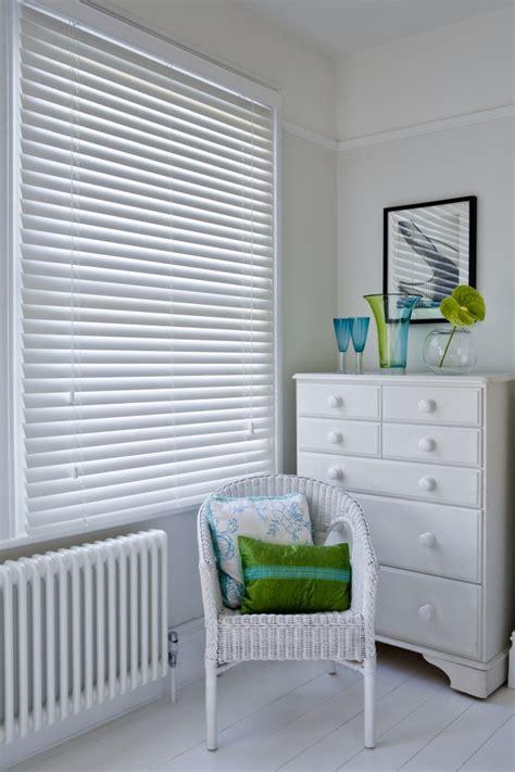 simple white wooden venetian blinds interior design