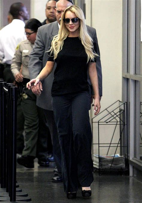 Lindsay Leaves Rehab by Exclusive Eyewitness Report How Lindsay Lohan Snuck Out