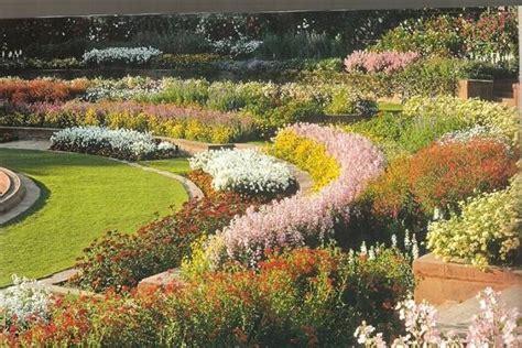 giardini da realizzare realizzare aiuole da giardino quale giardino