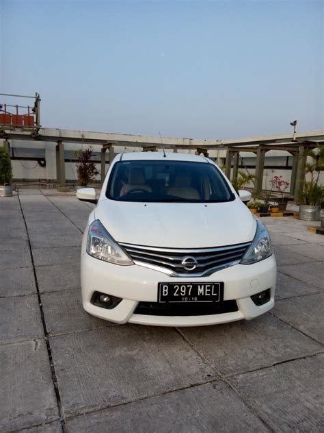 Nissan Grand Livina 1 5 Xv 2013 nissan all new grand livina 1 5 xv matic 2014 mobilbekas