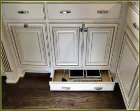 Where To Place Handles On Kitchen Cabinets stainless steel kitchen cabinet knobs and pulls home