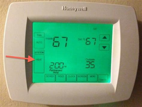 honeywell thermostat fan won t turn how not to use your heat thermostat