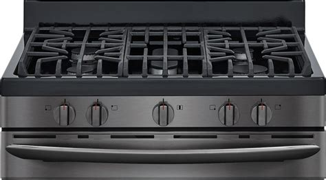 electrolux launches new range of kitchen appliances in partnership with poggenpohl group frigidaire gallery 174 launches new smudge proof black