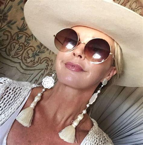 older women wearing jewelry how to wear large statement earrings fabulous after 40